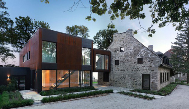 traditional-stone-farmhouse-extended-with-glass-and-steel-addition-1-thumb-630xauto-15593