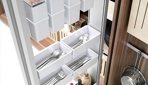 Modern-Kitchen-Design-with-Practical-Tableware-Shelf-Storage