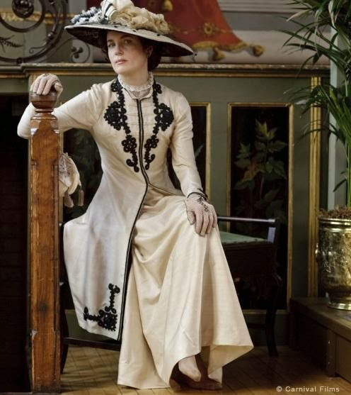 Dressing Downton 1