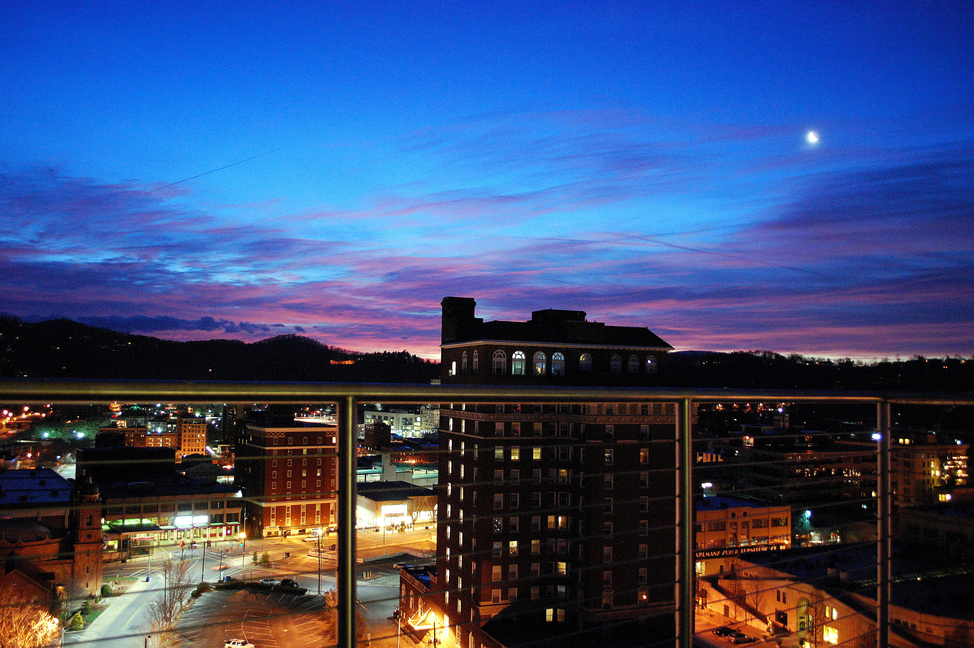 hotel sunrise 1