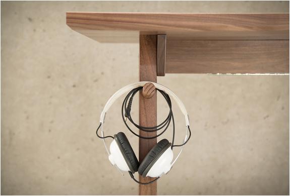 artifox-desk-01-6