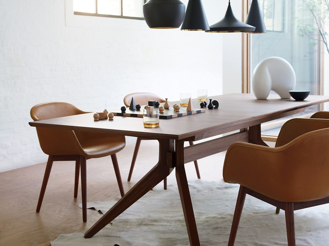 Admiring Cross Extension Table