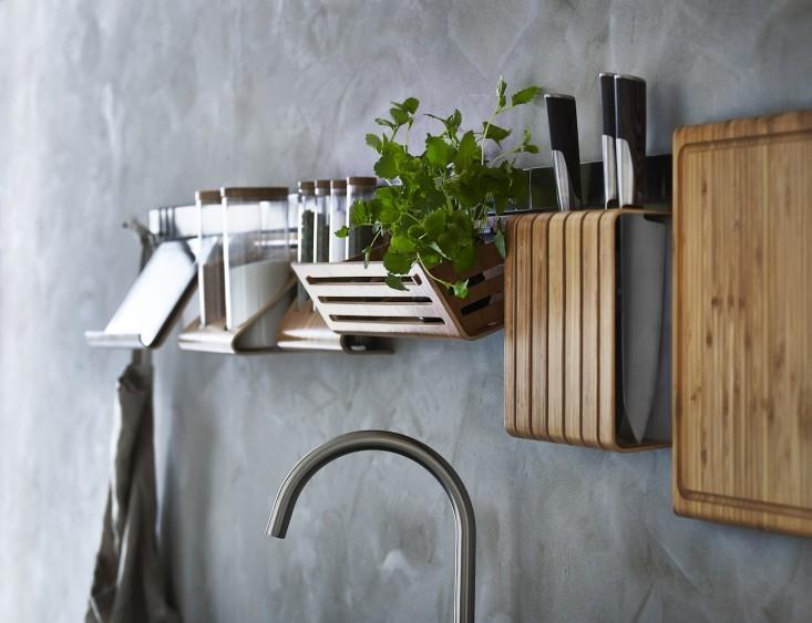 ikea-2015-kitchen-plant-shelf-gardenista